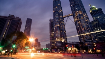 Malaysia's average monthly salaries in 2020 decreased 9% yoy: RM3,224 in 2019 to RM2,933 in 2020