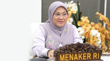 Indonesia's Ministry of Manpower urges employers to avoid layoffs, pay proper wages to WFH staff during PPKM