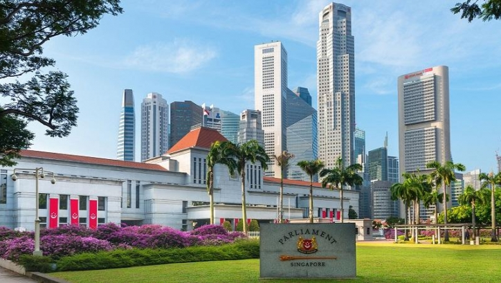 Tracking the progress of Singaporean PMETs through government career schemes
